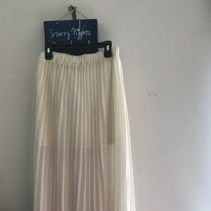 Cream/White long maxi skirt